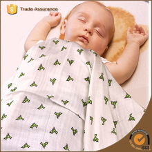 Customized swiss cross design knitted organic cotton bamboo gauze baby muslin swaddle blanket 120*120cm