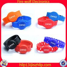Customized New Promotion Gift polyester fabric wristband political silicone wristbands