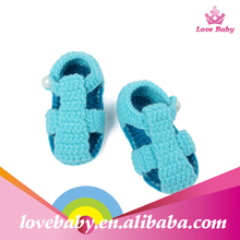 Fashion Baby Crochet Shoes Infant Knitted Crocs Shoes Handmade Photo Props Shoes
