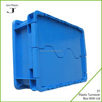 Plastic food container with divider