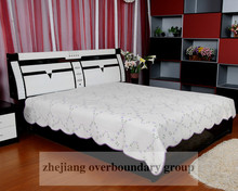 Chinese 100% cotton fashion embroidery cotton plain quilt cover set / bedding set