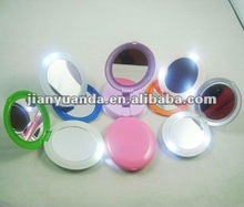 Splendid stand up plastic LED mirror with 5pcs led lights