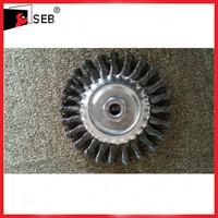"""5"""" steel round wire brush with 5/8-11 Nut SEB-WB111122"""