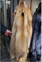 Natural red fox fur skin / wholesale fox skin price