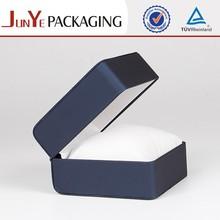Elegant eco-friendly antique silver cotton filling wholesale jeweled trinket boxes