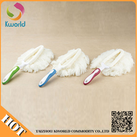 Popular High quality car wash brush with long handle In Ningbo