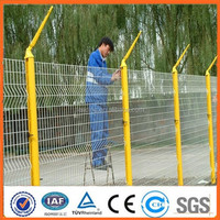 2015 hot sale Low carbon wire outdoor decoration 3d welded wire mesh fencing for building (Manufacturer)