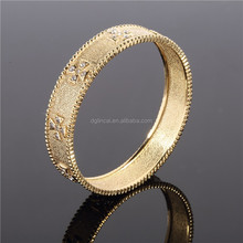 gold color women bangle jewelry