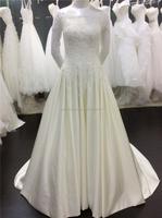 High Quality Full Lace Bottom Vintage Ball Gown Bateau Neckline Half Sleeves Long Satin Wedding Dress A033