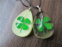genuine four leaf clovers Inside Resin Jewelry Fashion crystal lucky jewelry