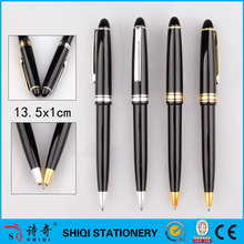 Smooth writing plastic ball pen with metal clip