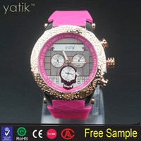 Lady beautiful chrono diamond watch pet look nice woman holloween dress watches