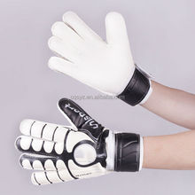 wholesale high quality China made factory custom football soccer protective band gloves goalkeeper