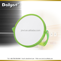 2015 cheap plastic frame standing pocket mirror
