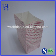 Customized design good for Christmas gift packaging cheap and good red paper packaging bag
