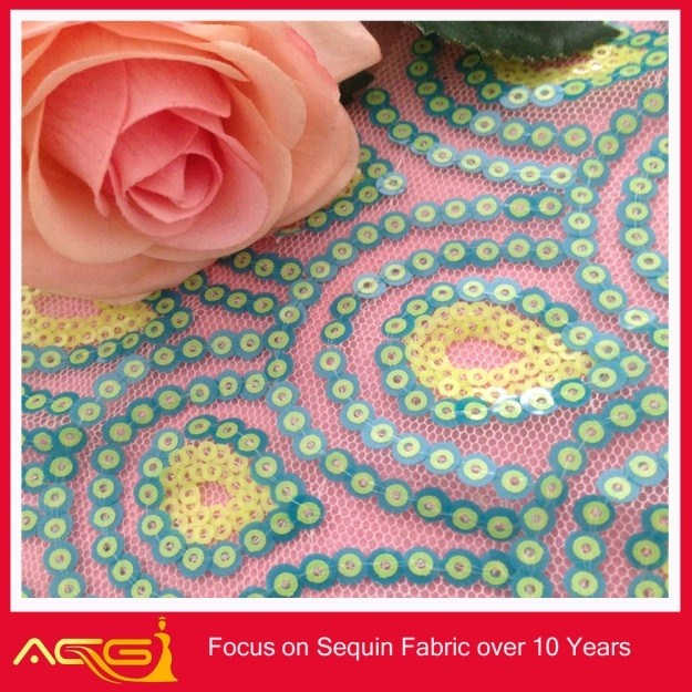 A venda quente top 100 design 100% poliéster popular tradicional artesanal natural lantejoula tecido paquistanês vestidos pictures
