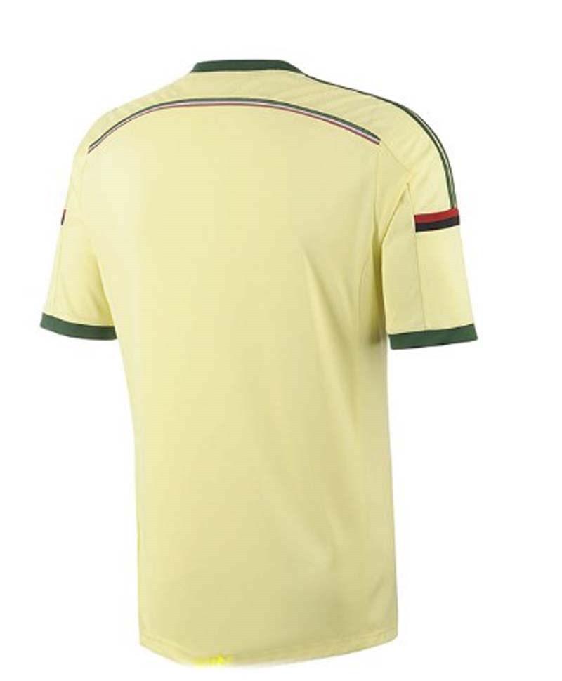 + Милан от 14 до 15 Желтая майка 22 Кака 45 Балотелли дома лучшая футбольная форма