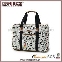 2012 Fashion design cartoon laptop bag