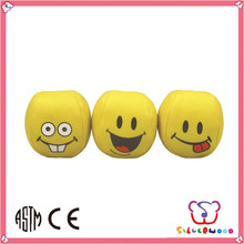 ISO 9001 Factory promotional branded wholesale pu smiley juggling ball