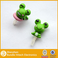 eco-friendly material cute dust plug with 3D embossed with frog design
