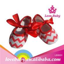 wholesale christmas style red chevron crib shoes