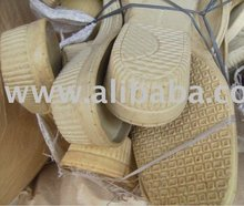 Recycled Plastic Sorted Cream-colored Scrap Shoe Soles Waste