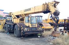 used liebherr mobile/hydraulic/truck crane 25 ton rough terrain crane