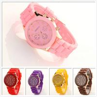 2015 fashion silicone rubber wrist/ gift watch