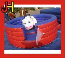 Bebé Mechanical Bull Rodeo Riding
