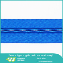 guangzhou reliable factory produce nylon coils zippers for bags, luggage bags