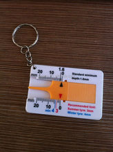 Plastic tire Pattern Measure Mini fashion digital type depth gauge