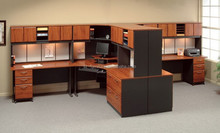 Office workstation in classic design modular office cubicle 2212
