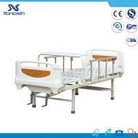 YXZ-C-043A Latest Design patient bed 2 cranks manual hospital beds
