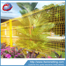 3d green blue yellow plastic coated curvy welded wire mesh fence for garden and costruction