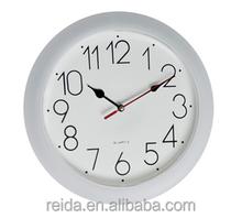 Cheap Light Plastic Quartz Round Wall Clock Special Dial Design