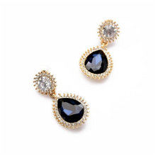 Tear drop shaped perfect rhinestone pendant earrings with small chic rhinestone