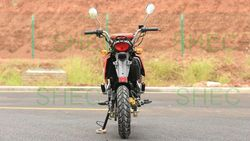 Motorcycle hydraullic lifting cargo tricycle