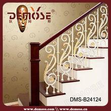De madera y escaleras de hierro barandilla/interior de hierro barandilla de la escalera