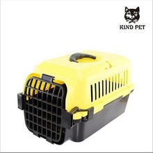 Portable travel carrier for pet cats dogs