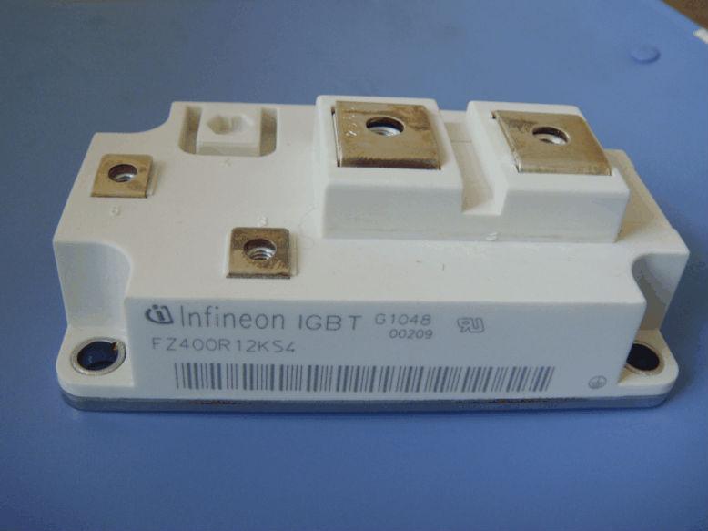 IGBT Transistor SKM150GB12T4G
