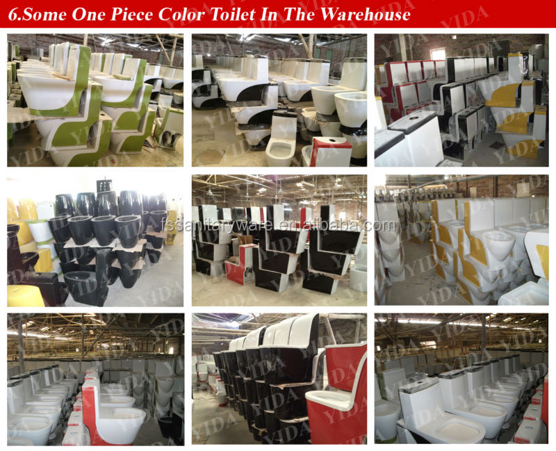 Some one piece color toilet in the warehouse.jpg