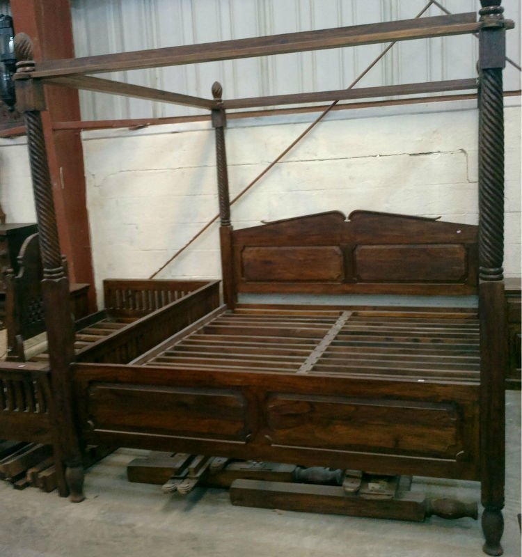 Four Poster Bed Buy Beds In Dubai Product On