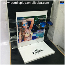 personal optics reading glasses display stand retail shop