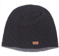 Men' s knitted winter sport hat