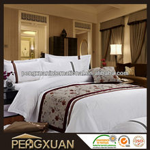 white cheap polyester bedding quilts/polyester quilt/cheap quilt