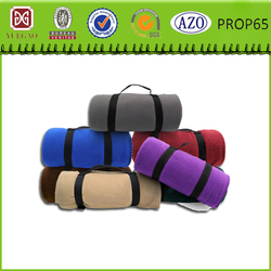 Portable handle design fleece travel blanket