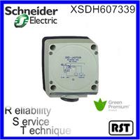 XSDH607339 XSD 80x80x40mm plastic Green product Sn60mm IP67 12V to 48VDC Schneider telemecanique terminals inductive sensor