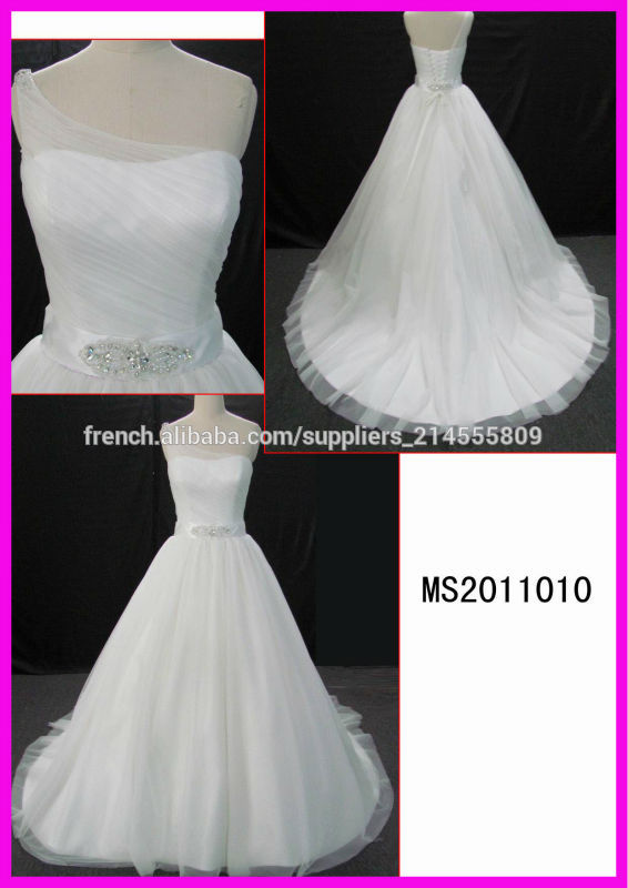 glamour et sexy d'une épaule dernière robe de mariée en dentelle de concepteur