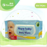 baby cleaning wet wipes