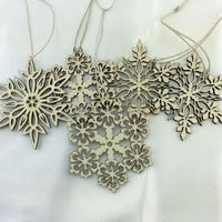 custom hot wooden Arts and crafts art minds crafts for decorative,christmas tree snowflake hanging decoration